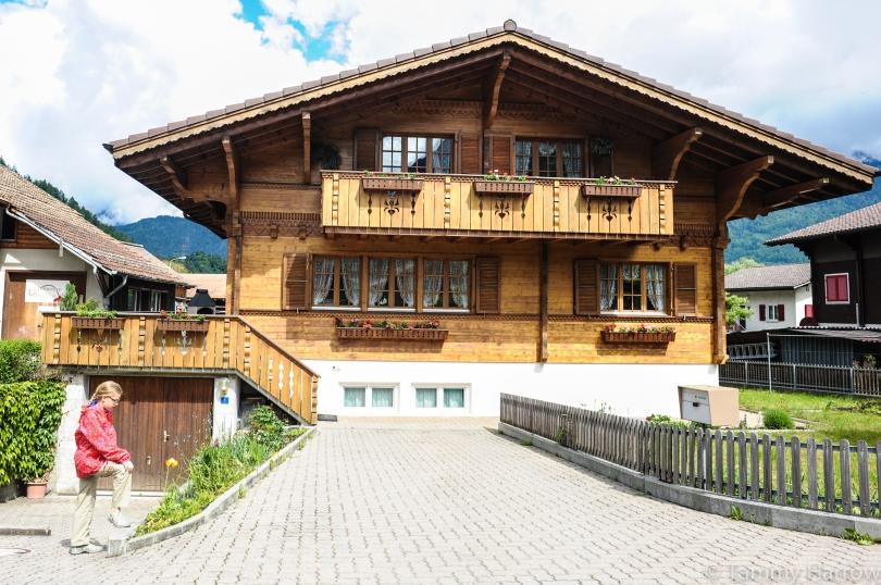 Interlaken Switzerland In Pictures Travel Bug